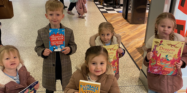 Free children's books given away before Christmas